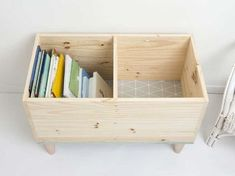 outdoor ideas for toddlers * outdoor ideas Outdoor Activities For Toddlers, Kids Toy Boxes, Diy Kids Furniture, Pallet Crafts, Kids Storage, Diy For Kids, Kids Bedroom, Ikea, Ranger