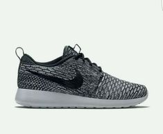 NEW Nike Roshe One Flyknit Cool Grey Black Grey-Oreo Women's SZ 9 in Clothing, Shoes & Accessories, Women's Shoes, Athletic Shoes