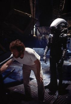 45 Rare And Amazing Color Photographs Of Behind The Scenes From The Set Of 'Alien', 1979 Alien 1979, Alien Vs, Alien Films, Aliens Movie, Pet Sematary, Science Fiction, Scene Photo, Movie Photo, Harry Dean Stanton