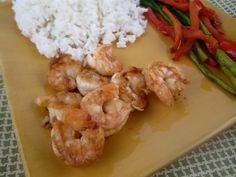 Hibachi Shrimp  2 tsp butter, softened 1/2 tsp garlic salt 1/4 tsp onion powder 1/2 pound shrimp, peeled and deveined 1-2 tbsp soy sauce