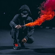 -Just repost the good moment and good tones - Keep tagging your best photo and use hastag . Smoke Bomb Photography, Urban Photography, Photography Poses, Street Photography, Smoke Wallpaper, Pop Art Wallpaper, Smoke Pictures, Weird Pictures, Sky Photos