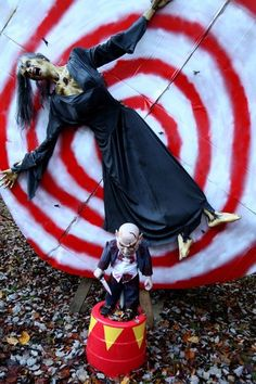 Halloween Discussion Forum, Haunts and Home Haunt Community. Scary Carnival, Halloween Carnival Games, Haunted Carnival, Halloween Circus, Outdoor Halloween, Holidays Halloween, Halloween Outfits, Freak Show Halloween, Halloween Forum
