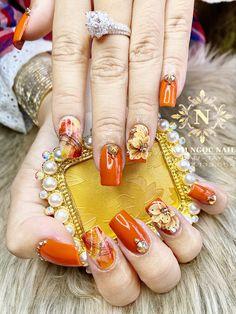 Golden Nails, Nail Swag, Jewelry, Design, Classy Gel Nails, Gold Nails, Jewlery, Bijoux, Jewerly