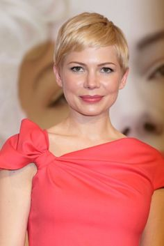 Michelle Williams Sparks Controversy With Native American Magazine Cover Haircuts, Hairstyles, Michelle Williams, Grow Out, Androgynous, Pixie Cut, Hairdresser, Hair Inspiration, My Hair