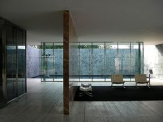Barcelona Pavilion / Chairs // Mies van der Rohe