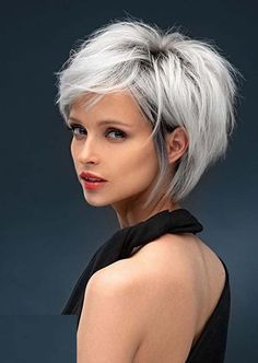 Just visit here and see best styles of short haircuts a long with blonde shades. You know this trendy haircut is considered most amazing option to show off in 2020. Short Grey Hair, Short Hair With Layers, Short Hair Cuts For Women, Black Hair, Choppy Layers, Short Hair Styles Easy, Medium Hair Styles, Curly Hair Styles, Short Shag Hairstyles