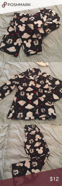 2-Piece fleece Mickey Mouse pajamas Women's pajamas. Fleece material is perfect for upcoming cold weather. Disney lovers will love this pajama set! Disney Intimates & Sleepwear Pajamas - skimpy lingerie, men's lingerie, white lingerie *sponsored https://www.pinterest.com/lingerie_yes/ https://www.pinterest.com/explore/lingerie/ https://www.pinterest.com/lingerie_yes/teen-lingerie/ http://www.newyorker.com/magazine/2015/08/10/learning-to-speak-lingerie