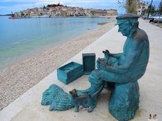 statue, Primošten