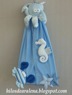 Portapañales 'in the sea' Sea Crafts, Diy And Crafts, Crafts For Kids, Kids Nap Mats, Diaper Holder, Baby Coat, Baby Sewing Projects, Felt Baby, Sewing Box