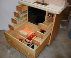 Router Table, drawers extended