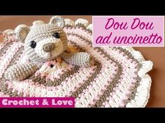 Dou dou ad uncinetto (copertina pentagonale) o copertina da compagnia o manta de apego - YouTube Crochet For Kids, Crochet Baby, Free Crochet, Bella Coco, Clown Party, Dou Dou, Baby Security Blanket, Amigurumi Tutorial, Baby Lovey