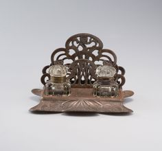 France. Inkwell, c1905.