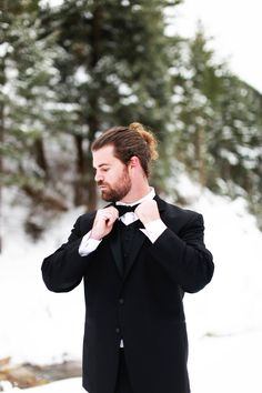 groom in black and white classic tuxedo Winter Is Here, Winter Is Coming, Classic Tuxedo, Groom Style, Groom And Groomsmen, Wedding Photos, Wedding Ideas, Special Guest, Chic Wedding