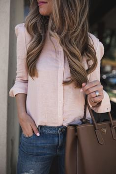 Pink Button Down Top | The Teacher Diva: a Dallas Fashion Blog featuring Beauty & Lifestyle
