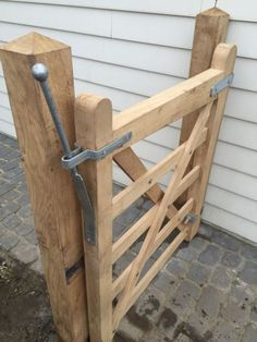 Wooden Garden Gate, Wooden Gates, Farm Entrance, Entrance Gates, Driveway Gate, Fence Gate, California Front Yard Landscaping Ideas, Farm Gate, Front Gates