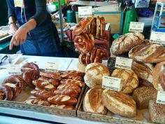 Borough Market in #London has a lot to offer! From fresh breads to desserts, everything is a delight!