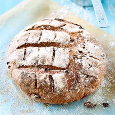 Juureen leivottu viikunaleipä | Maku Food And Drink