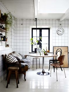 bright & eclectic nook