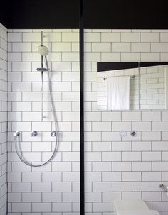 Minimalist Elegant Home Design in Black and White Colors Domination : Contemporary Bathroom Design Under West Street Home Interior Decorated Among White Ceramic Wall Tile Ideas As Inspiration To Your House