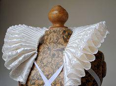 Renaissance inspired, tudor, elizabethan open neck ruff