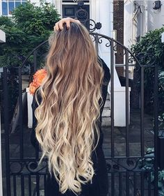 long hair is so dang beautiful ✋ Long Ombre Hair, Color For Long Hair, Blonde Ombre, Long Long Hair, Wavy Hair, Her Hair, Blonde Waves, Hair Color, Ombre Hair For Blondes
