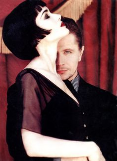 Winona Ryder & Gary Oldman.  I still remember this spread for Bram Stoker's Dracula in Entertainment Weekly back in the day.