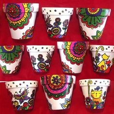 Gardening – Gardening Ideas, Tips & Techniques Painted Clay Pots, Painted Flower Pots, Hand Painted Ceramics, Decorated Flower Pots, Pottery Painting, Ceramic Painting, Ceramic Art, Flower Pot Art, Flower Pot Design