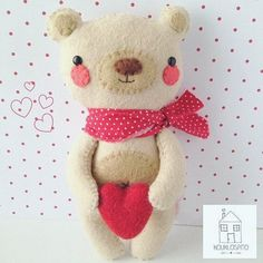 Nothing wrong in going classic all the way for #stvalentinesday  This cutie is made with love by @kouklospito . . . #etsytoys #handmadegifts