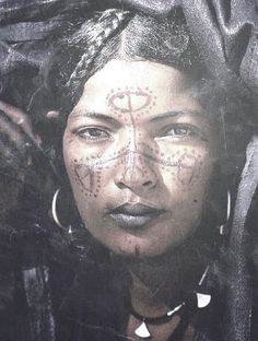 We Are The World, People Around The World, Tuareg People, Facial Tattoos, Tribal People, African Tribes, African Culture, African Beauty, Interesting Faces