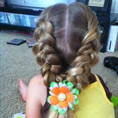Loose hair braids.