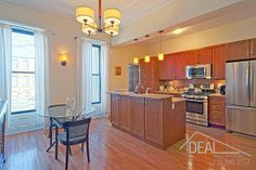 Pretty, functional kitchen in this immaculate townhouse in Brooklyn's historic Stuyvesant Heights Nyc Real Estate, Real Estate Sales, Brooklyn Kitchen, Boerum Hill, Prospect Heights, Bedford Stuyvesant, Carroll Gardens, Brooklyn Heights, Functional Kitchen