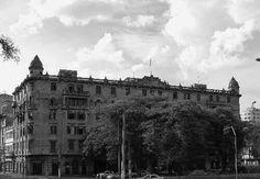 Palacete Nacim Schoueri, construido nos anos 20, localizado no Parque Dom Pedro II.