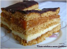 Kuchnia Sabiny: Ciasto miodowe z serem i jabłkami