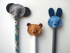 Deshilachado: Tutorial: adornos de fieltro para lápices / Tutorial: felt pencil toppers                                                                                                                                                     Más