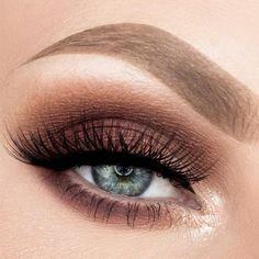 Gorgeous Makeup: Tips and Tricks With Eye Makeup and Eyeshadow – Makeup Design Ideas Brown Smokey Eye Makeup, Makeup For Green Eyes, Blue Eye Makeup, Eye Makeup Tips, Makeup Ideas, Makeup Eyeshadow, Makeup Hacks, Eyeshadows, Eyebrow Makeup