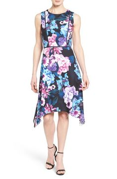 Adrianna Papell Floral Print Sleeveless Scuba Knit Fit