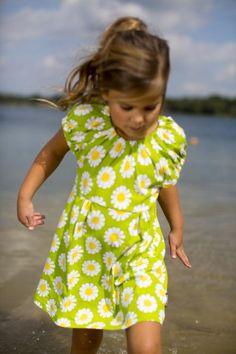 Maxomorra Organic Singoalla dress - Daisy Retro Baby Clothes - Baby Boy clothes - Danish Baby Clothes - Smafolk - Toddler clothing - Baby Clothing - Baby clothes Online
