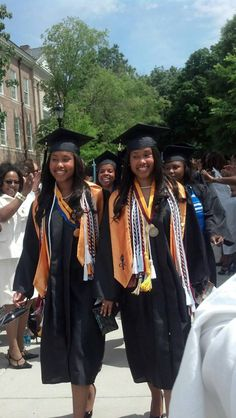 The Bronner Twins, Kristie and Kirstie are named Co-Valedictorians of Spelman College Class of 2013. #BlackHistory #HBCU