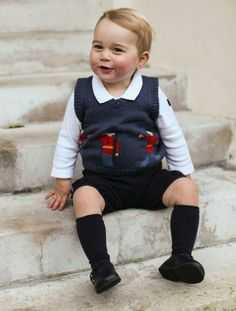 Prince George at 17 months ... Christmas  2014 ... adorable!