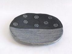 Irregular plates by Karen Buting