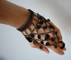 Hand Jewelry   Kingdom Of Style: Hands In Chains