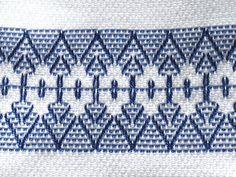 Tea Towel Dish Towel Swedish Weaving Blue by SnowboundMe on Etsy Swedish Embroidery, Geometric Embroidery, Beaded Embroidery, Embroidery Patterns, Hand Embroidery, Huck Towels, Tea Towels, Swedish Weaving Patterns, Monks Cloth
