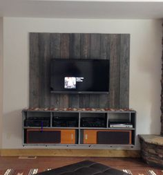 Built-In Fish Tank Entertainment Center. | For the Home ...