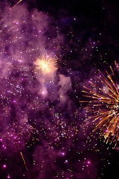 Mesmerizing fireworks #sparkle #purple