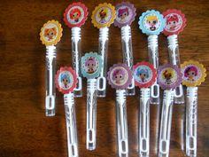 Lalaloopsy birthday party favors, Lalaloopsy mini bubbles party favors. $5.00, via Etsy.
