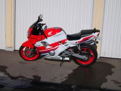 1992 Honda CBR 600 F2 Honda Sport Bikes, Honda Motorcycles, Jawa 350, Honda Cbr 600, Honda Motors, Motorcycle Manufacturers, Busa, Combustion Engine, Ducati