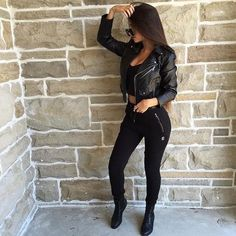Shared by Find images and videos about girl, fashion and style on We Heart It - the app to get lost in what you love. Mode Outfits, Sexy Outfits, Fall Outfits, Fashion Outfits, Fresh Outfits, Black Outfits, Fashion Clothes, Stylish Outfits, Vetement Fashion