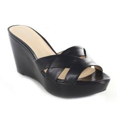 Shop online for wide range of collections of wedges online India at Majorbrands.in. For more details visit here: http://www.majorbrands.in/women/shoes/wedges.html or call on 1800-102-2285 or email us at estore@majorbrands.in.