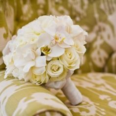 We love this amazing color inspiration board for a fall wedding or late summer wedding...lime, butter  cream!