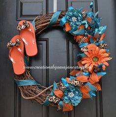 Flip Flop Wreath in Turquoise, Orange, and Leopard Print - Spring Wreath - Summer Wreath Summer Crafts, Fun Crafts, Diy And Crafts, Arts And Crafts, Wreath Crafts, Diy Wreath, Wreath Ideas, Deco Mesh Wreaths, Door Wreaths